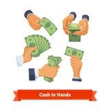 La main pose compter, prendre et montrer l'argent liquide vert Photos stock