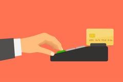 La main tenant une carte de crédit dépense dans le terminal de paiement illustration stock