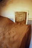 La maison abandonnée dans le Kolmanskop Photo stock
