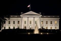 La Maison Blanche la nuit Images stock