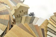 La maison décorent par le bois Texture en bois sur le fond d'isolat image stock
