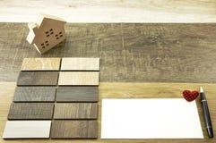La maison décorent par le bois Texture en bois sur le fond en bois Photos libres de droits