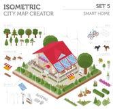 La maison 3d et la ville futées isométriques plates tracent les éléments s de constructeur Images stock