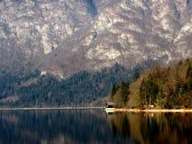 La maison de lac Photo stock