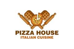 la maison de pizza avec le logo en bois de peau de pizza et de goupille conçoivent l'inspiration illustration de vecteur