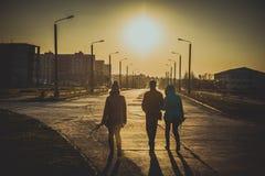 La maison de route - au soleil photographie stock libre de droits