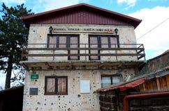 La maison de tunnel ou de Tunel Spasa de Sarajevo utilisée pendant le siège de la ville de la Bosnie Photographie stock