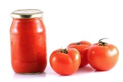 La maison a effectué la sauce tomate Image libre de droits
