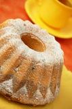 La maison a effectué le gâteau d'ange Photo libre de droits