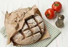 La maison a effectué le pain de seigle intégral photographie stock libre de droits