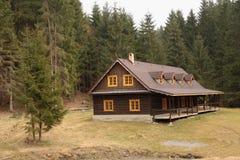 La maison en bois photo libre de droits