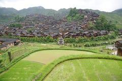 La maison en bois de nationalité chinoise de miao Photo libre de droits