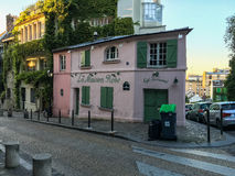 La Maison Rose sur Montmartre à Paris, France Image stock