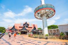 La Malesia - 11 febbraio 2017:: Rimorchio domante dei sari di Melaka Menara alto Immagini Stock