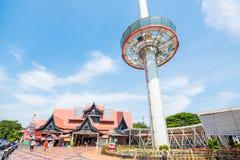 La Malesia - 11 febbraio 2017:: Rimorchio domante dei sari di Melaka Menara alto Fotografia Stock Libera da Diritti