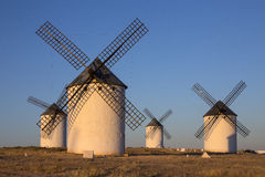 La Mancha -西班牙风车  库存图片