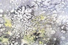 La mancha roja púrpura del rosa azul brillante de la acuarela gotea gotas Ilustración abstracta ilustración del vector