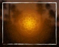 La mandala floral brillante en trópico de la puesta del sol empañó el fondo Fotografía de archivo libre de regalías