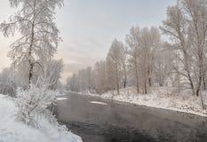 La manguera del río Yeniséi o del río Yeniséi en invierno Foto de archivo