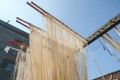 La manière traditionnelle de sécher la farine fine à Taïwan photographie stock