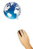 La mano connette al mondo Fotografie Stock Libere da Diritti