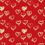 La mano del día de tarjetas del día de San Valentín ahoga el modelo inconsútil de los corazones Foto de archivo libre de regalías