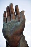 La mano destra di Tian Tan Giant Buddha dal Po Lin Monastery Fotografie Stock Libere da Diritti