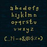 La mano dibujada deshuesa alfabeto ilustración del vector
