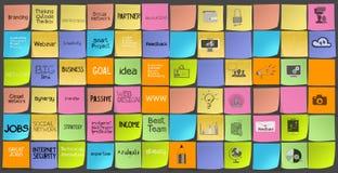 La mano dibujada redacta iconos de la estrategia empresarial Imagen de archivo libre de regalías