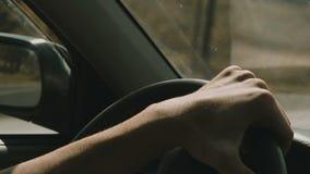 La mano en volante adentro el movimiento metrajes
