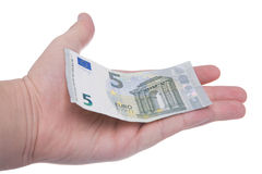 La mano sta tenendo una nuova banconota dell'euro 5 Immagini Stock Libere da Diritti