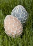 La mano tradicional adornó los huevos de Pascua Foto de archivo