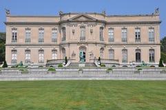 La mansión de los olmos en Newport Imagen de archivo