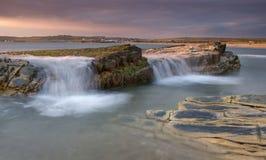 La marée haute vient Photo stock
