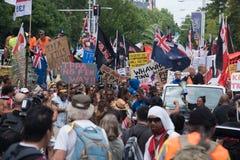 La marcha anti-TPPA en Auckland, NZ Imágenes de archivo libres de regalías