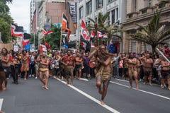 La marcha anti-TPPA en Auckland, NZ Imagen de archivo