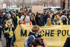 La Marche versa la dimostrazione di protesta del marzo di Le Climat su stre francese fotografie stock