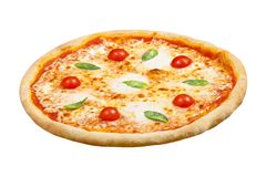 La margarita de pizza avec du fromage de mozzarella, le basilic et la tomate, calibre pour votre conception et restaurant de menu photos stock