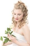 La mariée avec le blanc s'est levée Photographie stock