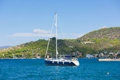 La marina de Poros, est une île grecque dans la partie du sud de Saronic G Photos stock