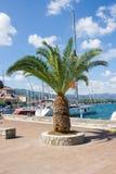 La marina de Poros, est une île grecque dans la partie du sud de Saronic G Photographie stock