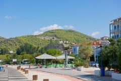 La marina de Poros, est une île grecque dans la partie du sud de Saronic G Images stock