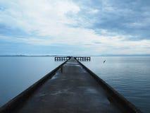 La mattina dopo la pioggia in pilastro fotografie stock