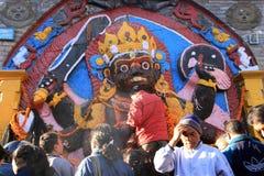 La mattina prega, Patan, Nepal Immagini Stock