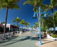 La mattina soleggiata quadra a volte in Myers Beach forte del centro Immagini Stock Libere da Diritti