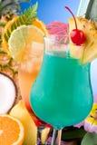La mayoría de la serie popular de los cocteles - el AMI Tai y H azul Imagen de archivo libre de regalías