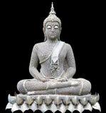 La meditazione di posizione di Buddha ha reso a forma i vecchi dadi, isolati sul nero Fotografia Stock