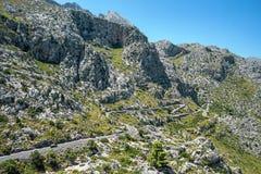 La mejor playa con agua de la turquesa en la isla Palma Mallorca, España Hermosa vista en roca y ensenadas y gaviota en el destin fotografía de archivo