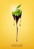 La mela verde ha immerso in cioccolato fondente di fusione, la frutta, il concetto di ricetta della fonduta, trasparente, illustr Fotografia Stock