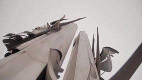 La memoria di bella Stella di immaginazione Un monumento creato dalla gente Cammino della memoria video d archivio